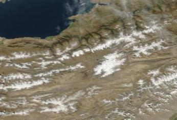 NASA satellite image summer, visible wavelength.
