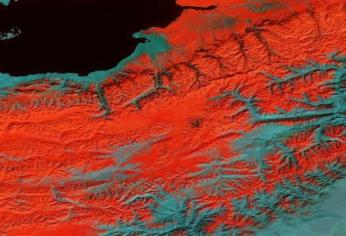 NASA satellite image, snow cover winter (red)