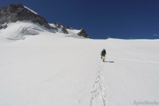 Crossing the glacier de la Girose