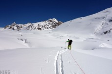 I set off in another direction, still checking out possible paths for the next days sledging.