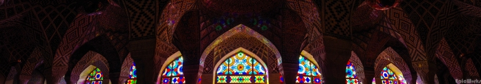 The inner chamber, where the early morning sun lights up the inside through the couloured glass.