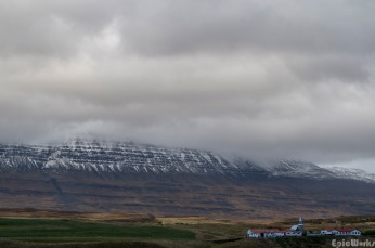 Nordic weather, the clouds roll in from the mountains