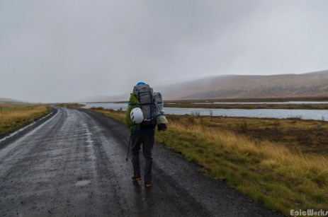 Heading inland along the banks of the Skjalfandafljot