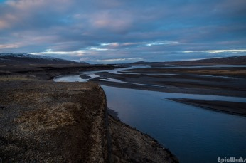 The banks of Skjalfandafljot