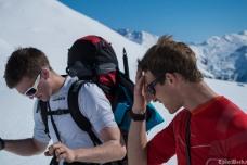 The heat soon makes itself felt as we start the climb